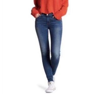 HUDSON Jeans Natalie Mid Rise Super Skinny Jeans
